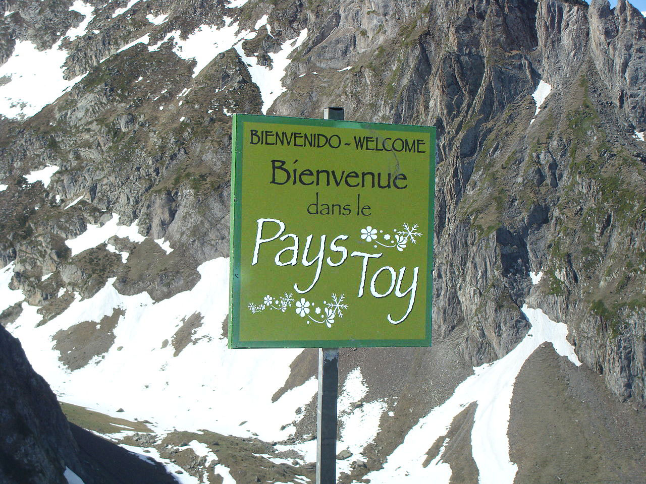 1280px Le pays Toy copie